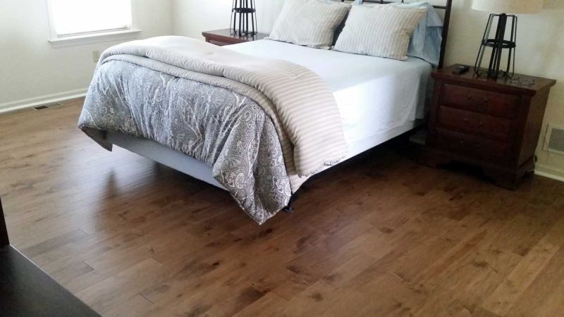 laminate bedroom bed